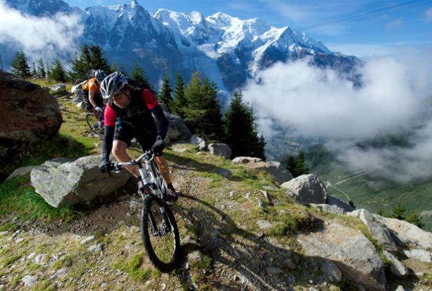 Horská kola v okolí údolí Chamonix