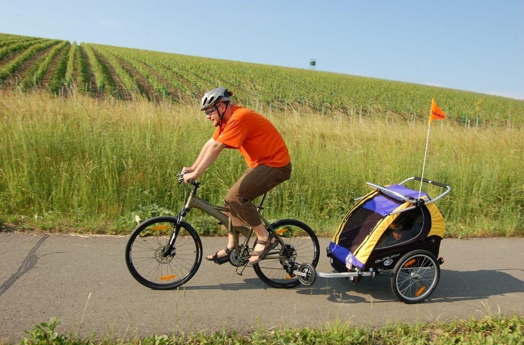 Český parlament rozhodne o přívěsných vozících za jízdní kola