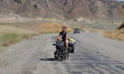 průjezd s vozíkem Burley Nomad přes kazažský Grand Canyon