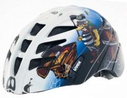 Helma pro malé piráty silnic