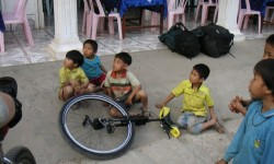 cestovani-s-jednokolkami-laos-tour-03