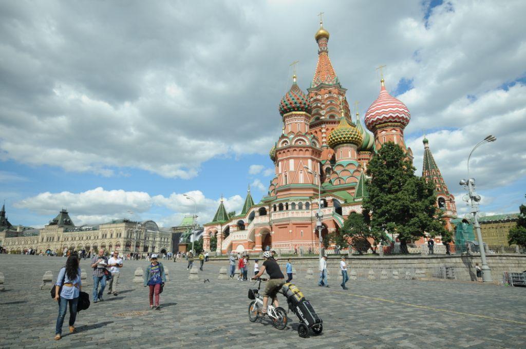 Vlakem kolem Asie se skládačkami 4. – Moskva
