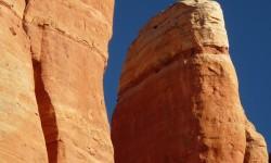 mysticke cervene skaly