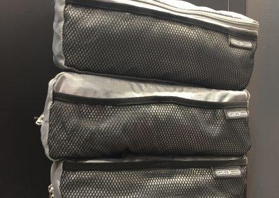 tři vkládací kapsy do zadních brašen od ORTLIEBu