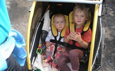 Kombinované využití Trail Gatoru a dětského vozíku