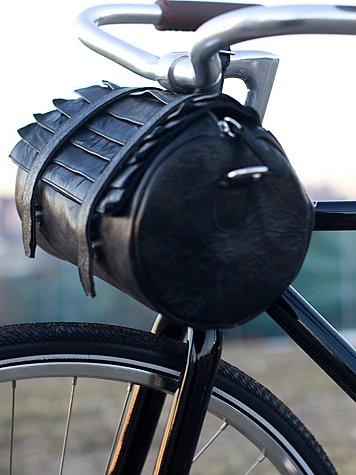Pořádná motorkářská brašna