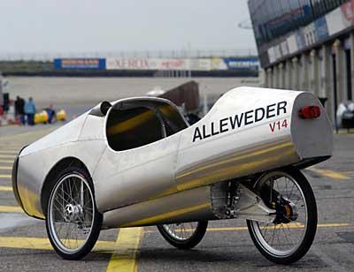 Oslavné video 250-tého Allight Allewederu