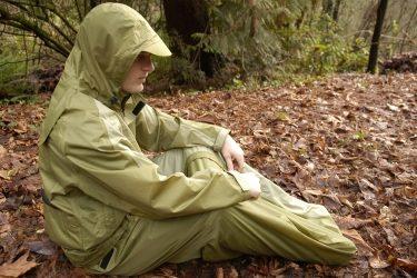 JakPak: bunda, spacák a stan v jednom!