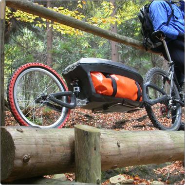 Vozíko-stan aneb cyklistický karavan